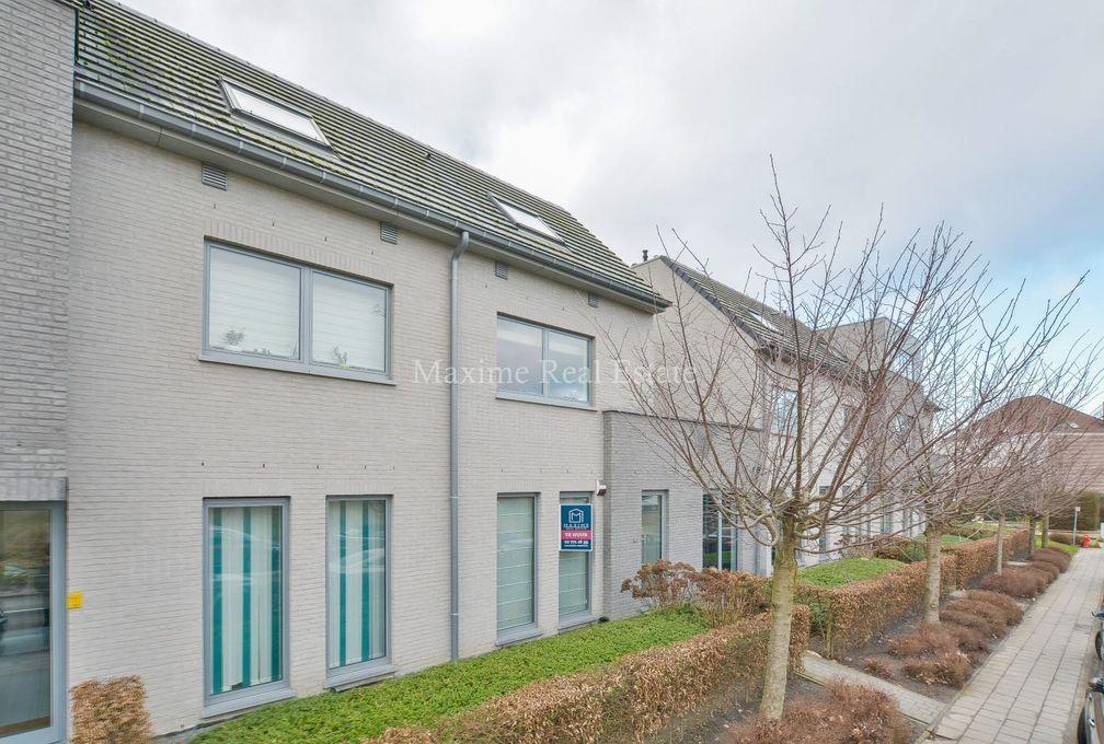 Gelijkvloerse verd. + tuin te huur in Wezembeek-Oppem