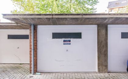 Closed garage for rent in Sint-Lambrechts-Woluwe
