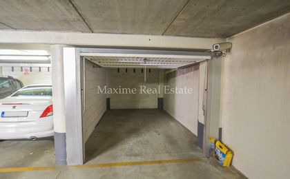Closed garage for rent in Woluwe-Saint-Pierre