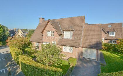 Villa for sale in Wezembeek-Oppem